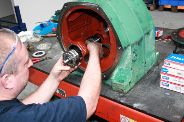Réparation et remontage d'un réducteur en nos ateliers